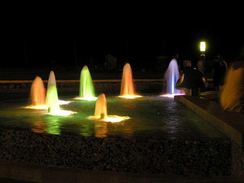 Светомузыкальный фонтан в Южном, аренда квартиры в Южном